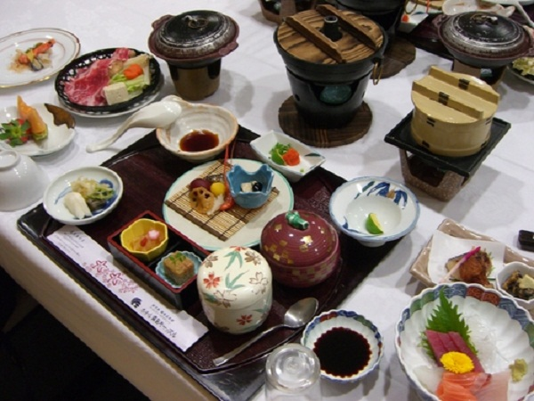 Nghệ thuật bài trí món ăn của người Nhật Bản